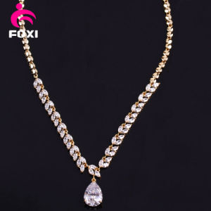 Fine Jewelry 18k Gold Pear Pendant Necklace pictures & photos