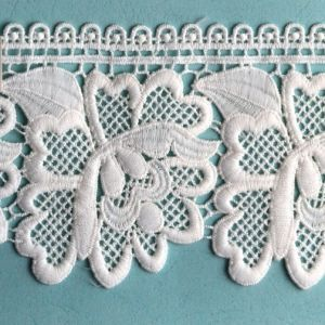 High Production Capacity Ready Made Lace pictures & photos