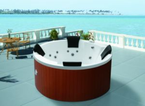 Round 4 Persons Outdoor SPA with Whirlpool and Massage Bathtub (M-3351) pictures & photos