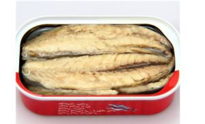 Wholesale 125g Canned Mackerel in Oil pictures & photos