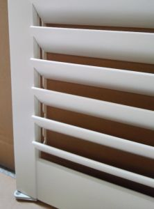 """L Frame Real Basswood 3.5"""" Blade Interior Decor Window Plantation Shutters pictures & photos"""