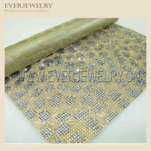 24*40cm New Design Hot Fix Glass Rhinestone Adhesive Mesh pictures & photos