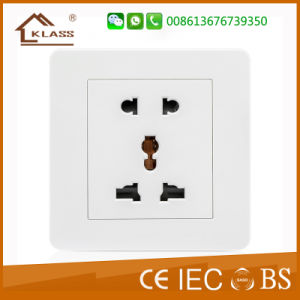 Double 13A Wall Socket with 2 Gang Switch pictures & photos