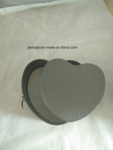 Non-Stick Heart Shape Wedding Anniversary Cakes Bakeware pictures & photos