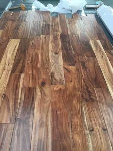 Oak, Iroko, Jatoba, Acacia, Engineered Solid Wood Flooring pictures & photos