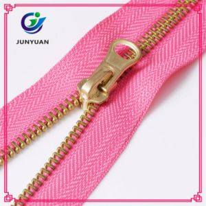 Metal Zipper Gold Teeth with Various Tape Color pictures & photos
