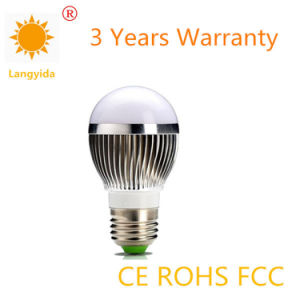 Made in China 5W Bulb LED High Lumen 85-265V 6500k E27 Lamp Base pictures & photos