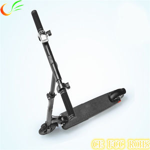 Popular 200W Power 6.5kgs Weighted Boosted Electric Skateboard with Handle Folding Bike pictures & photos