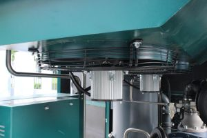 22kw Permanent Magnetic Variable Frequency Oil Injected Air Compressor pictures & photos