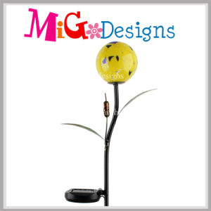 Cheap Metal Crafts with Solar Panel LED Solar Garden Light Stake pictures & photos