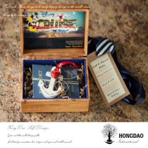 Hongdao Custom Design Wooden Passport Storage Box with Liner Wholesale_L pictures & photos
