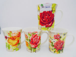 Excellent Quality Chinese Design Ceramic Mugs for Valentine Gift pictures & photos