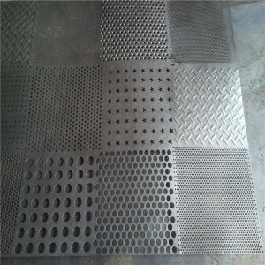 200series 400series 300series Grade Stainless Steel Perforated Rolled Metal Sheets pictures & photos