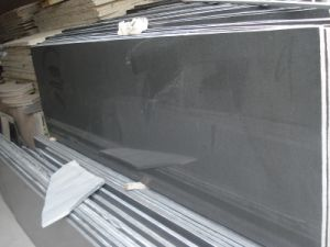 High Quality Polished Mongolia Black Granite Tile/Slab pictures & photos