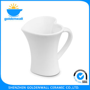 Simple White Heart-Shape 275ml Coffee Porcelain Mug pictures & photos