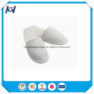 Cheap Wholesale Custom Disposable White Waffle Slippers pictures & photos