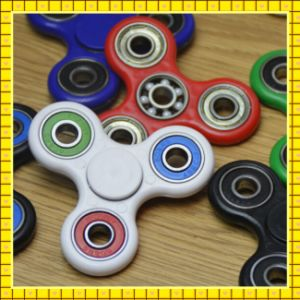 2017 Hot Selling New Arrival colorful Hand Spinner Toy pictures & photos