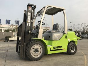 Snsc 3 Ton Diesel Forklift Price with Japanese Isuzu Engine pictures & photos
