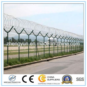 Galvanized Iron Wire Mesh/Welded Wire Mesh Fence pictures & photos