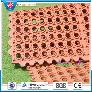 Anti-Skid Interlocking Flooring Matting, Interlocking Anti-Bacteria Rubber Mat, Anti-Fatigue Mat pictures & photos