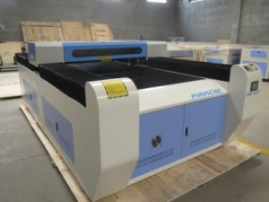 Jinan Firm New Type CO2 Metal and Non-Metal Laser Cutting Machine pictures & photos