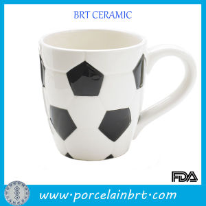 Novelty Soccer Drink Ceramic Coffee Mug pictures & photos