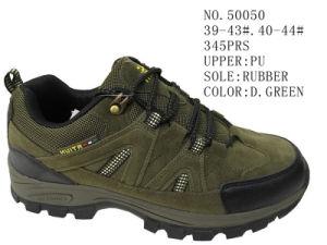 D. Green Color PU Men Hiking Shoes pictures & photos