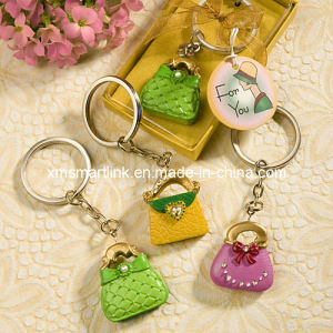 Polyresin Sculpture Customized Decoration Key Chain pictures & photos