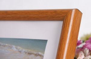 Plastic Wooden Grain Photo Frame (M-BD) pictures & photos