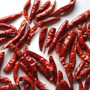 New Crop Good Quality Vegetable 4-7cm Tian Ying Chili pictures & photos