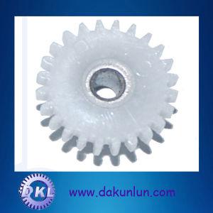 Precision White Nylon Gear (DKL-G007) pictures & photos