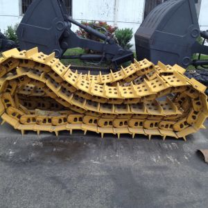 Bulldozer Undercarriage Spare Part Steel Track Shoe D6H for Caterpillar Part pictures & photos