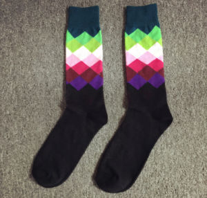 Fashion British Grid Gradient Cotton High Quality Colorful Men′s Socks pictures & photos
