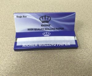 Single Size Smoking Rolling Paper Rice Paper pictures & photos