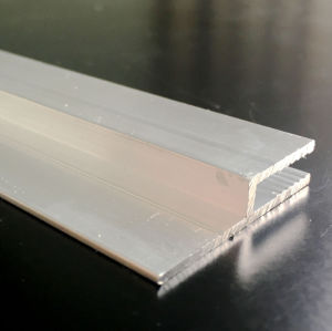 Aluminum Extrusion/Extruded Aluminum Profile with Small Sawtooth pictures & photos