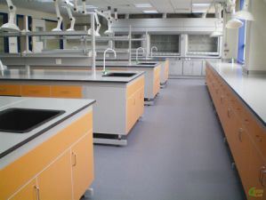 Steel and Wood Lab Furniture