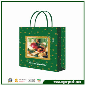 Hot Sale Green Paper Christmas Gift Handbag for Packing pictures & photos