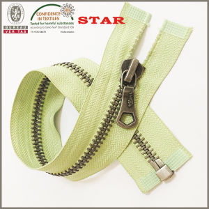 2016 Color Tape and Teeth Zipper for Garments