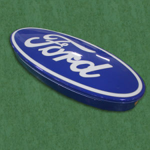 Outdoor Vacuum Forming Wall Mounted 3D LED Illuminated Thermoforming Auto Car Logo Sign pictures & photos