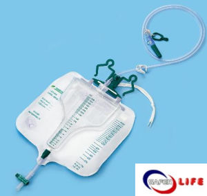 2015 Wholesale Bulk of Wheel Chair Composite Precision Urine Bag (ICU) pictures & photos