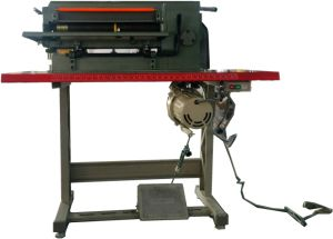 Desk Type Foot Operation Foam Sheet Slitting Machine pictures & photos