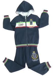 Children Suit Boy Suit Sport Suit in Children Clothes Track Suit with Zipper and Hoodies Swb-113 pictures & photos