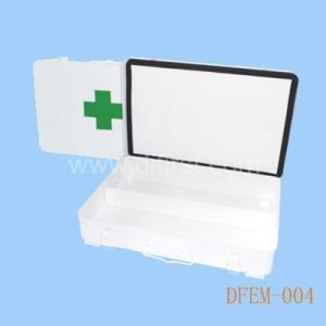 Empty First Aid Kit with Hermetical Strip / Metal Box (DFEM-004) pictures & photos