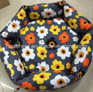 Hexagon Floral Print Canvas Pet Bed Dog Bed pictures & photos