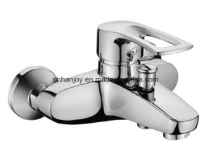 Hot Sale Wall Mounted Single Handle Bathtub Faucet (H07-102) pictures & photos