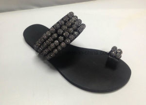 Lady Leather Shoe Flat Fashion Women Sandals pictures & photos