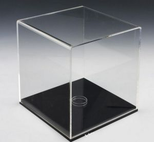 Basketball & Soccer Ball Display Cube, Acrylic Football Display Case - Black Base pictures & photos