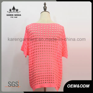Pink Short Sleeve Sequined Applique Sweater with Hi-Lo Hem pictures & photos