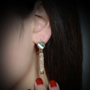 Handmade Gold Plated Mesh Stone Dangle Earring for Girls pictures & photos