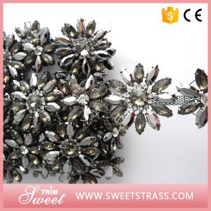 Wholesale Black Plating with Crystal Rhinestone Trimming for Dress pictures & photos